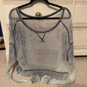 Hollister shirt size small SO comfy